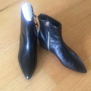 🌹Zara ankle zipper boots NWT🌹